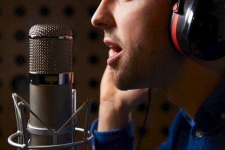 tjäna pengar på din röst